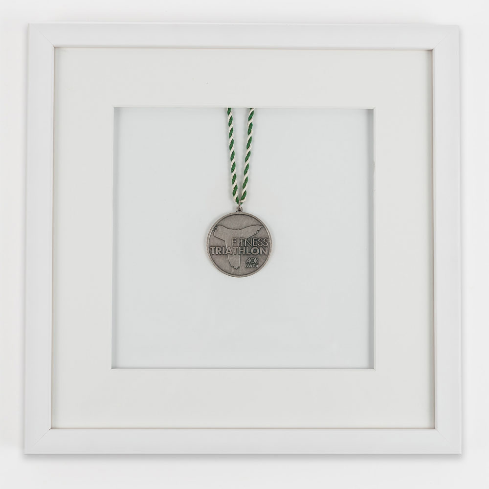 Medaillenrahmen 30x30 cm, weiß